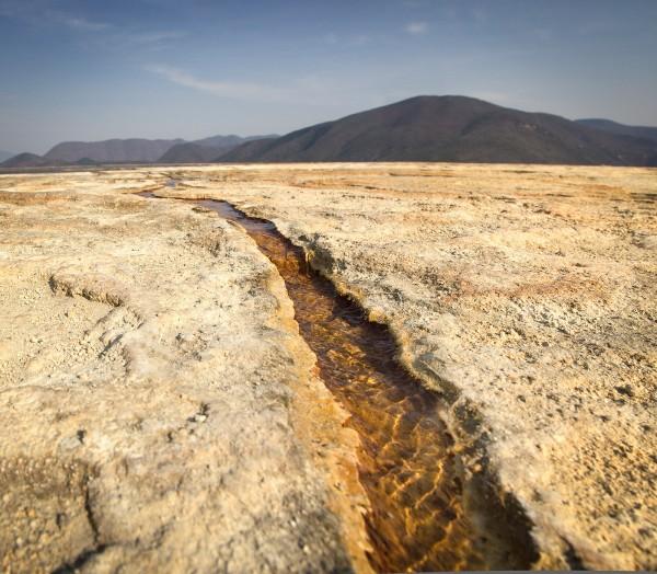 canal hierve el agua cascada petrificada oaxaca