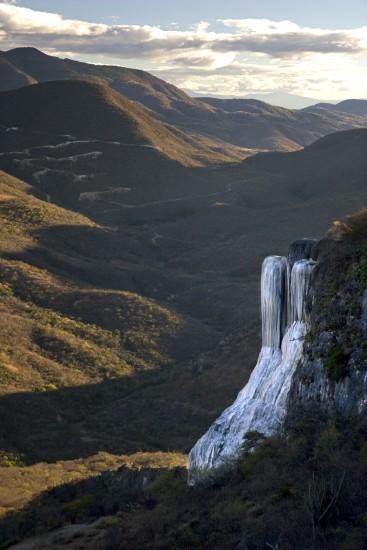 cascada petrificada oaxaca mexico