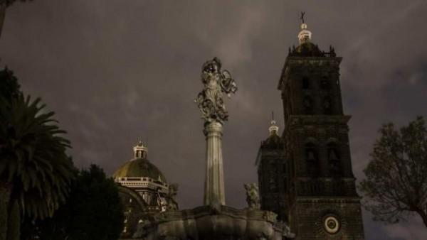 catedral de puebla hora del planeta
