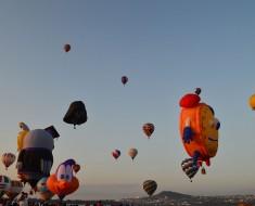 globos volando festival internacional lobo leon