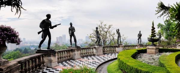 niños heroes estatuas chapultepec
