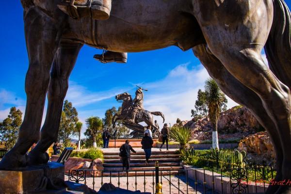 estatua pancho villa zacatecas