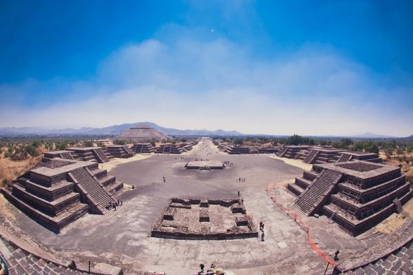 piramides teotihuacan mexico df niños