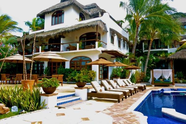 piscina hotel punta de mita riviera nayarit