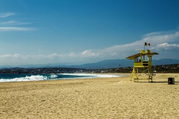 salvavidas playa zicatela puerto escondido oaxaca