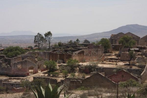 vista mineral de pozos guanajuato pueblo magico