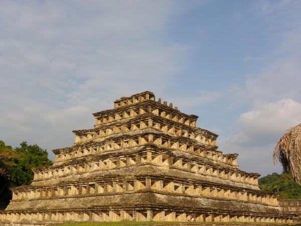 piramide de los nichos en el tajin veracruz