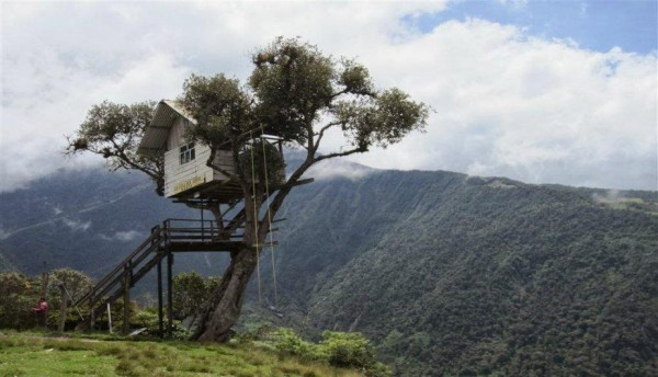columpio del fin del mundo en baños ecuador
