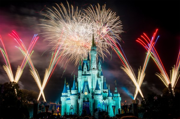 fuegos artificiales Walt Disney World - Orlando, Florida.