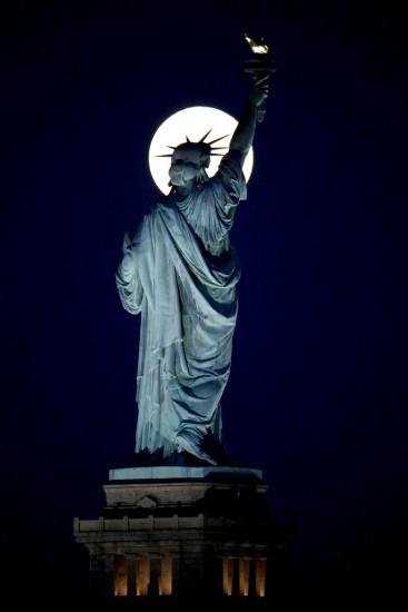 estatua de la libertad fotos de todo el mundo de la luna azul