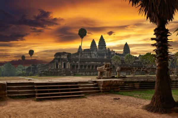 atardecer angkor wat camboya