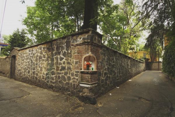 callejon del aguacate coyoacan mexico df