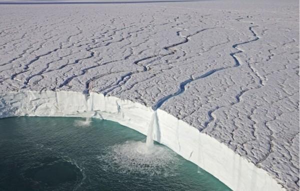 cascadas hielo svalbard noruega sin photoshop
