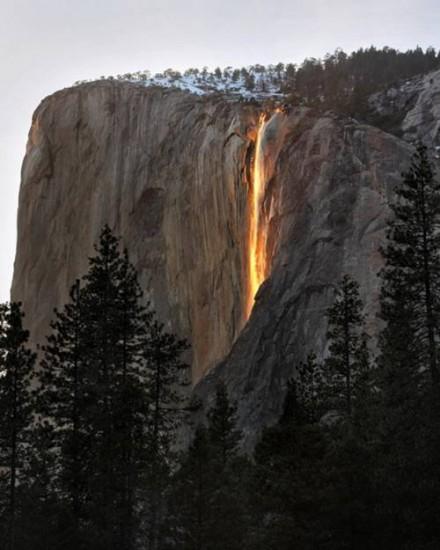 cataratas de fuego parque nacional yosemite