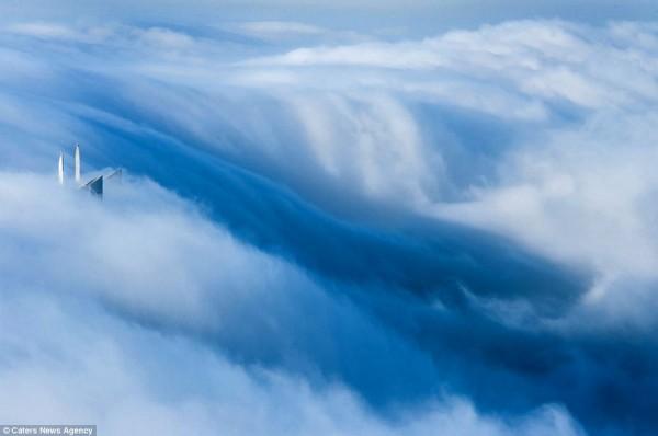 dubai sobre las nubes