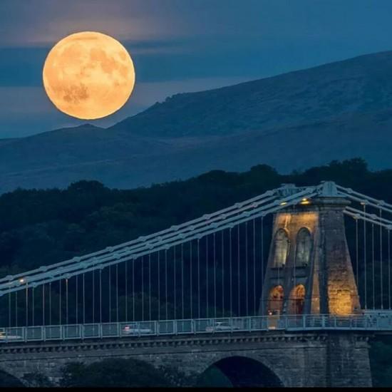 gales fotos eclipse total de super luna 2015