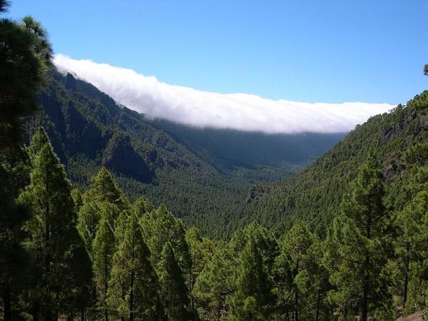 nubes caldera de taburiente la palma canarias