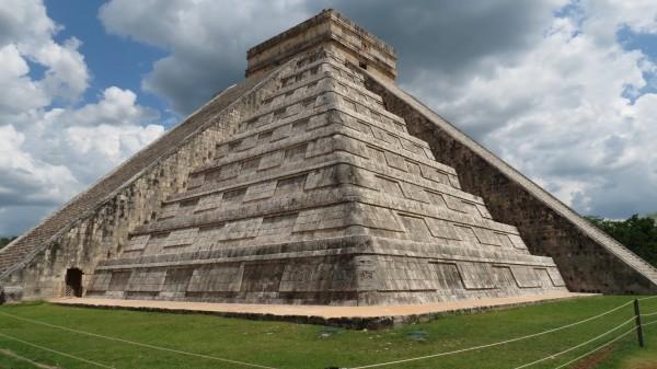 piramide de kukulcan acustica