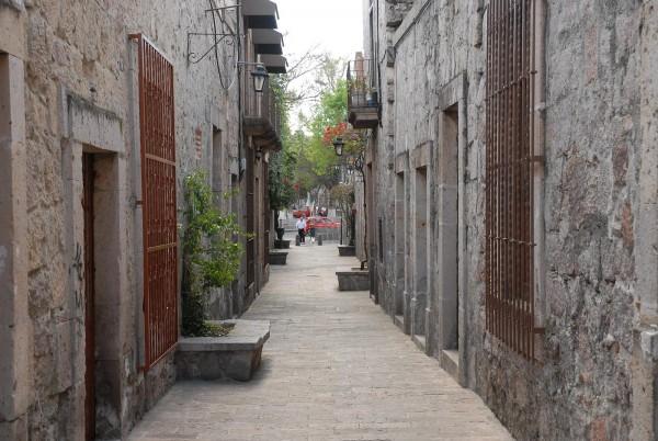 ubicacion callejon del romance morelia michoacan