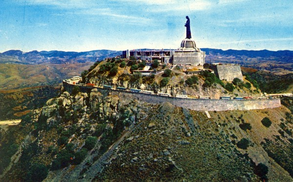 centro geografico de mexico cerro de cubilete