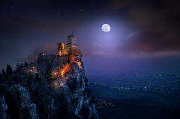 fotos de paisajes nocturnos con luna llena