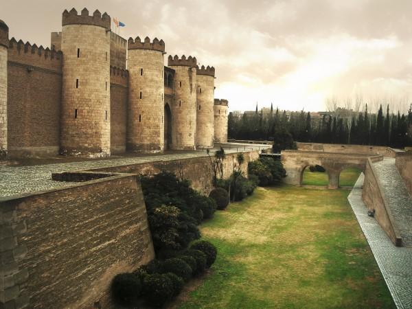 palacio de la aljaferia zaragoza