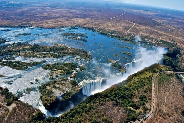 cataratas victoria zambia zimbabwe