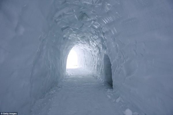 laberinto de hielo más grande del mundo zakopane polonia