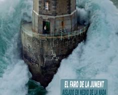El Faro de la Jument en Bretaña, Francia