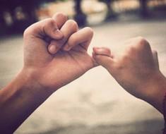 Tu dedo meñique te indica cómo eres en el amor