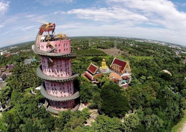 wat samphran templo en bangkok tailandia