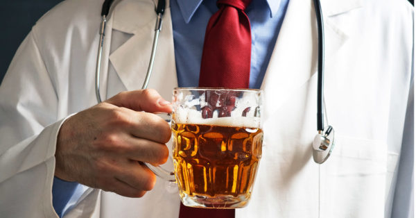 la cerveza adelgaza y combate 10 enfermedades