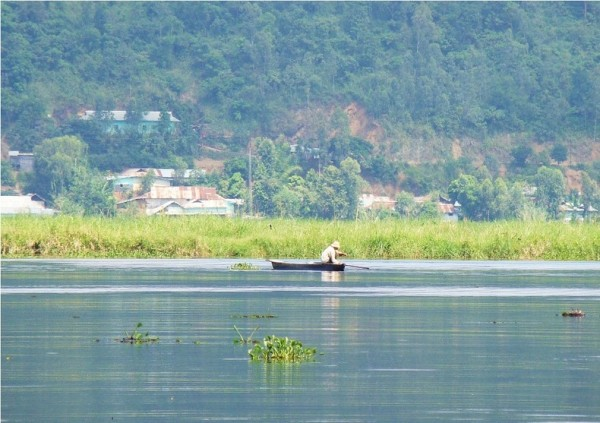 islas flotantes del lago loktak india