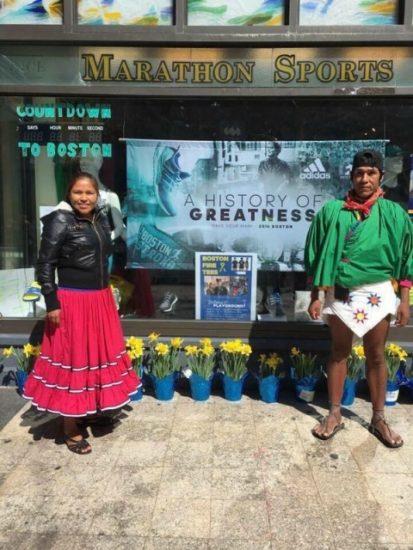 Los Tarahumaras Arnulfo e Irma corrieron la Maratón de Boston