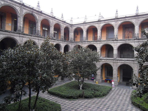 Patio Principal del Colegio de San Ildefonso en Ciudad de México