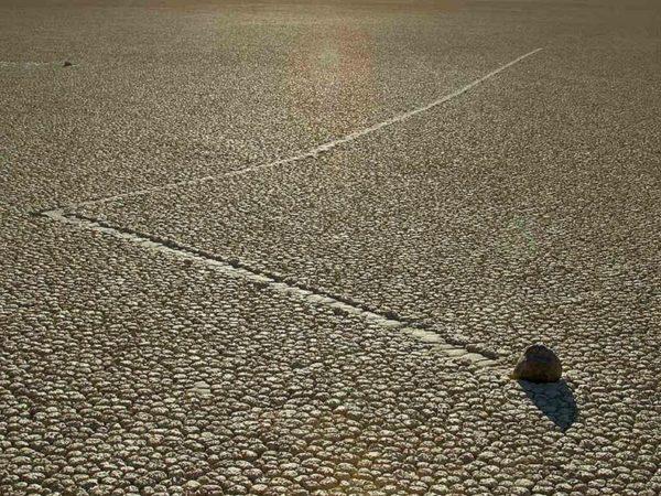 piedras deslizantes de racetrack playa