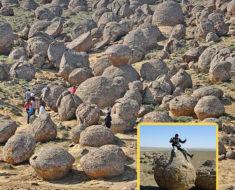 El Valle de las Rocas Redondas en Kazajstán