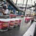 Aseguran que cerca de 12 mil latas de La Costeña contienen orines de los empleados