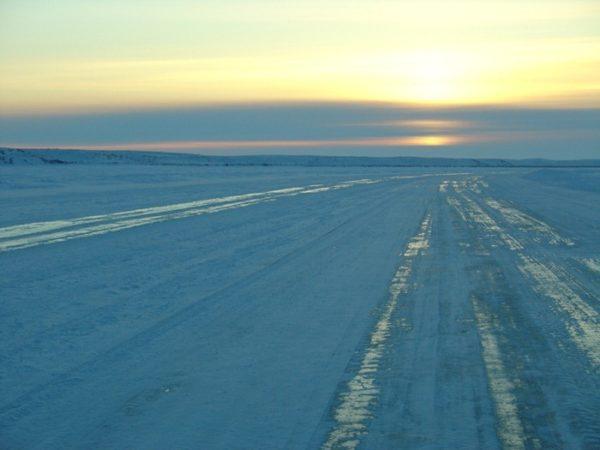 carretera helada a Tuktoyaktuk