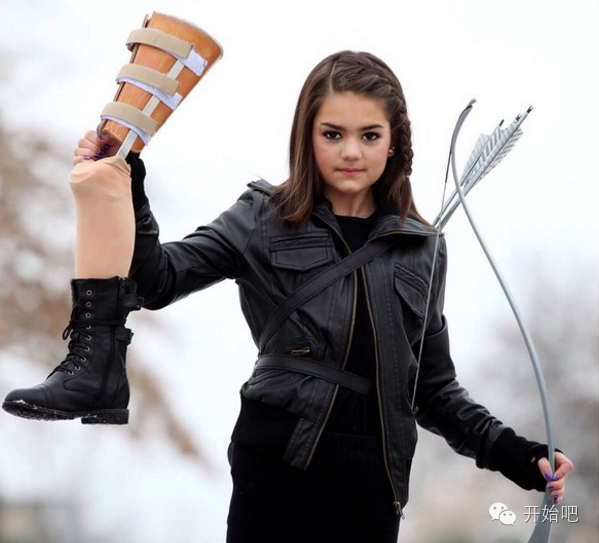 Esta chica de 14 años luce normal pero lo que tiene a su lado te dejará sin palabras…
