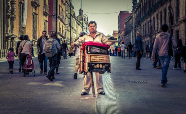 Origen del viejo oficio del Organillero en las calles de México
