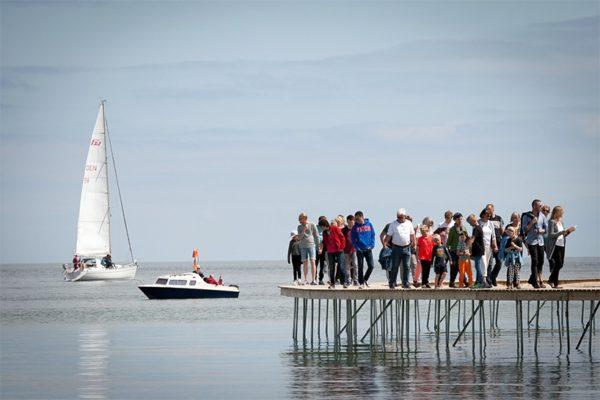 En Aarhus Dinamarca puedes caminar por un puente infinito