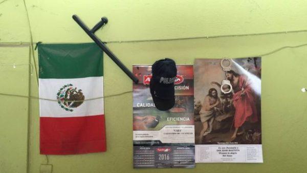 unico policia bombero pueblo mexico tepetongo