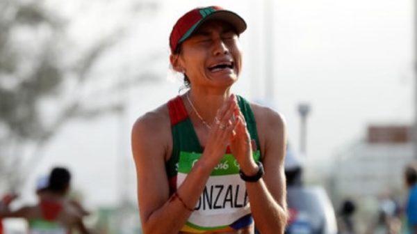 Se terminaron los Olimpiadas Río 2016 y Juan Hernández, entrenador de Lupita González, llora de tristeza