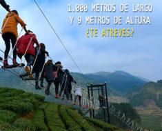 """El nuevo """"puente del diablo"""" de Xuan'en, China es terrorífico"""