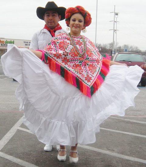 Los trajes tipicos de los Huastecos de San Luis Potosí