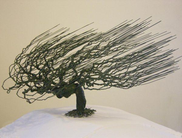 Estos bonsáis hechos a mano con alambre te dejarán realmente impresionado