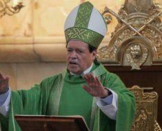El Cardenal Norberto Rivera afirma que hay muchos sacerdotes gays en su iglesia, pero que Dios ya los perdonó a todos