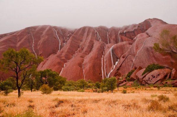 Estas son las impresionantes cascadas de Uluru en Australia