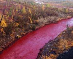 río Daldykan, el enigma del río ruso teñido de rojo sangre